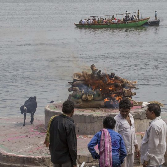 Crematie in Varanasi